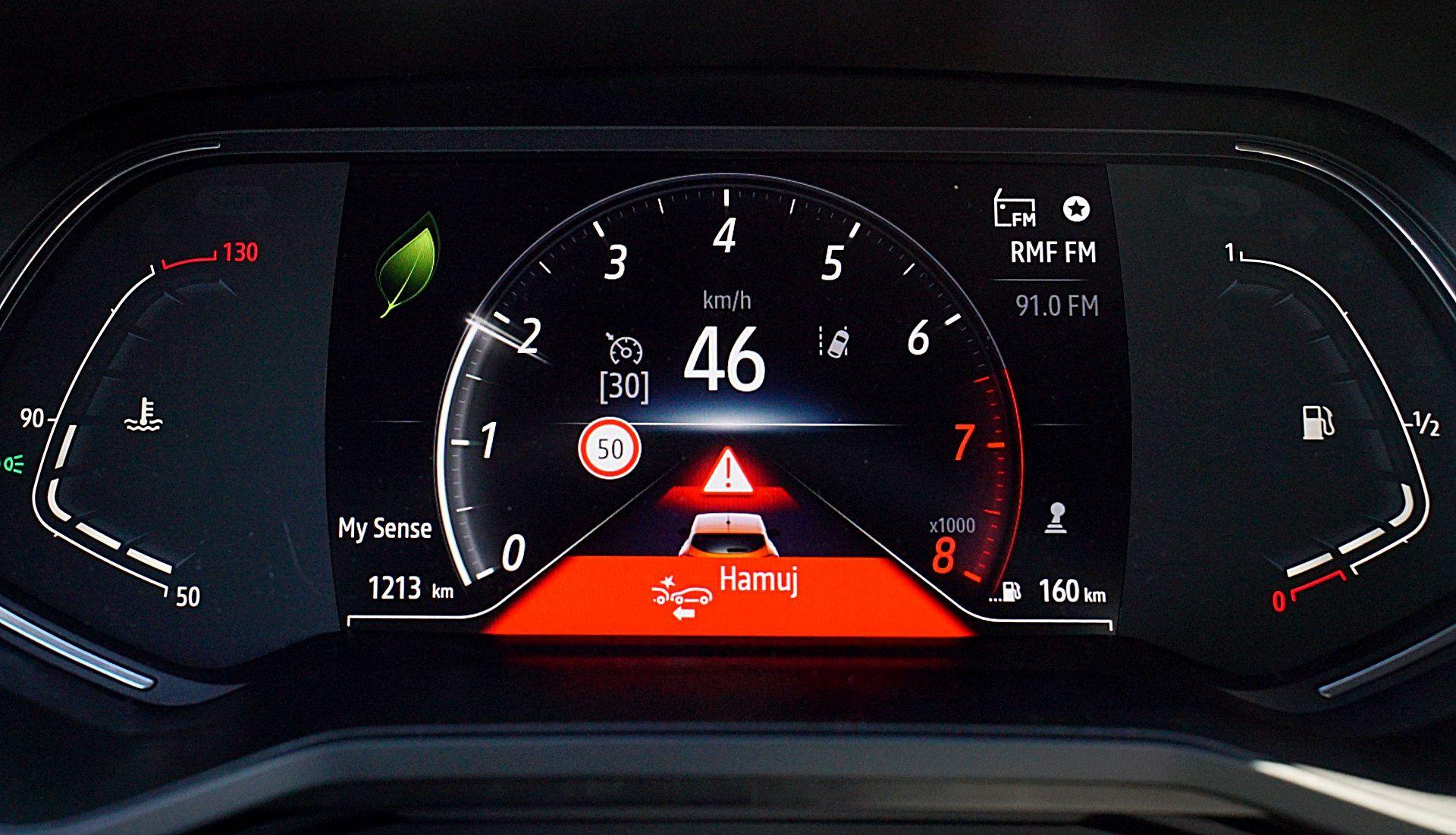 RENAULT Clio V Intens 1.0TCe 100KM wyświetlacz