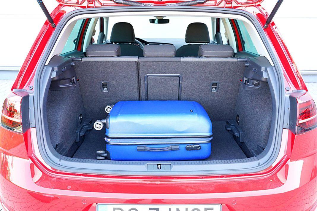 Volkswagen Golf – bagażnik