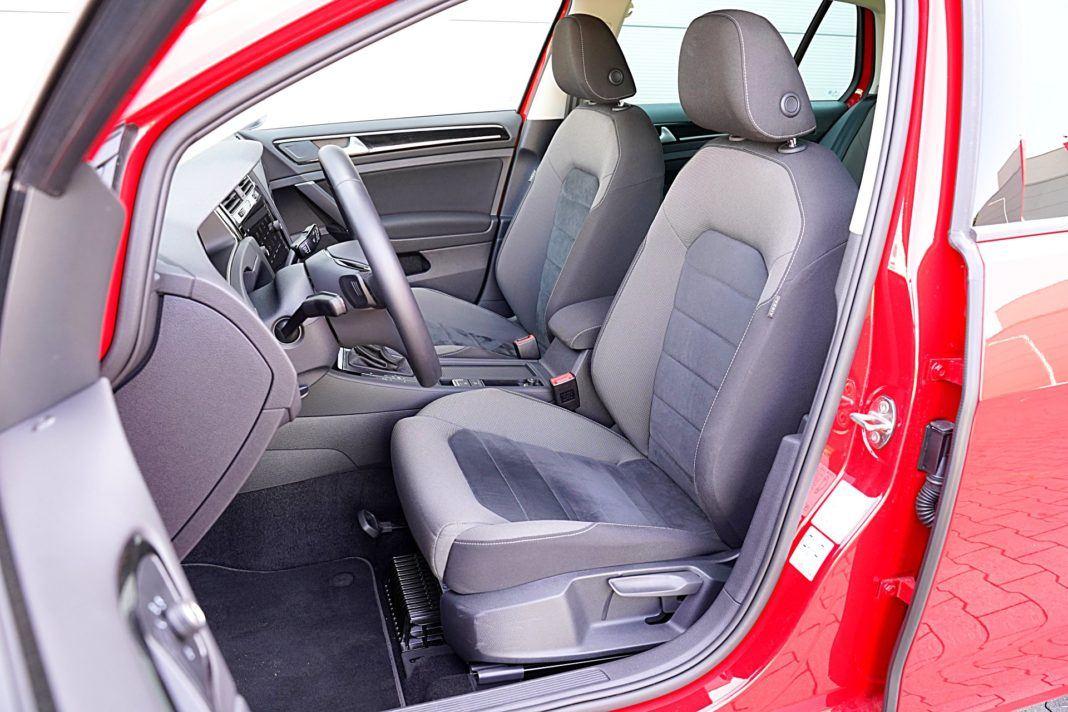 Volkswagen Golf – fotele