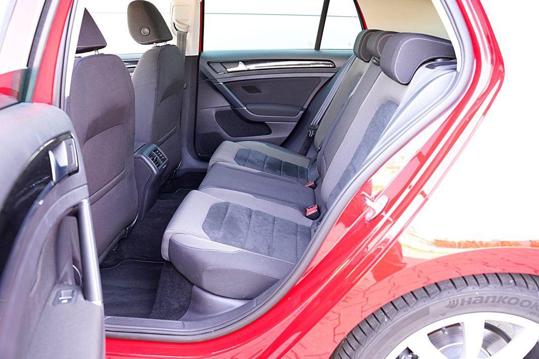Volkswagen Golf – kanapa