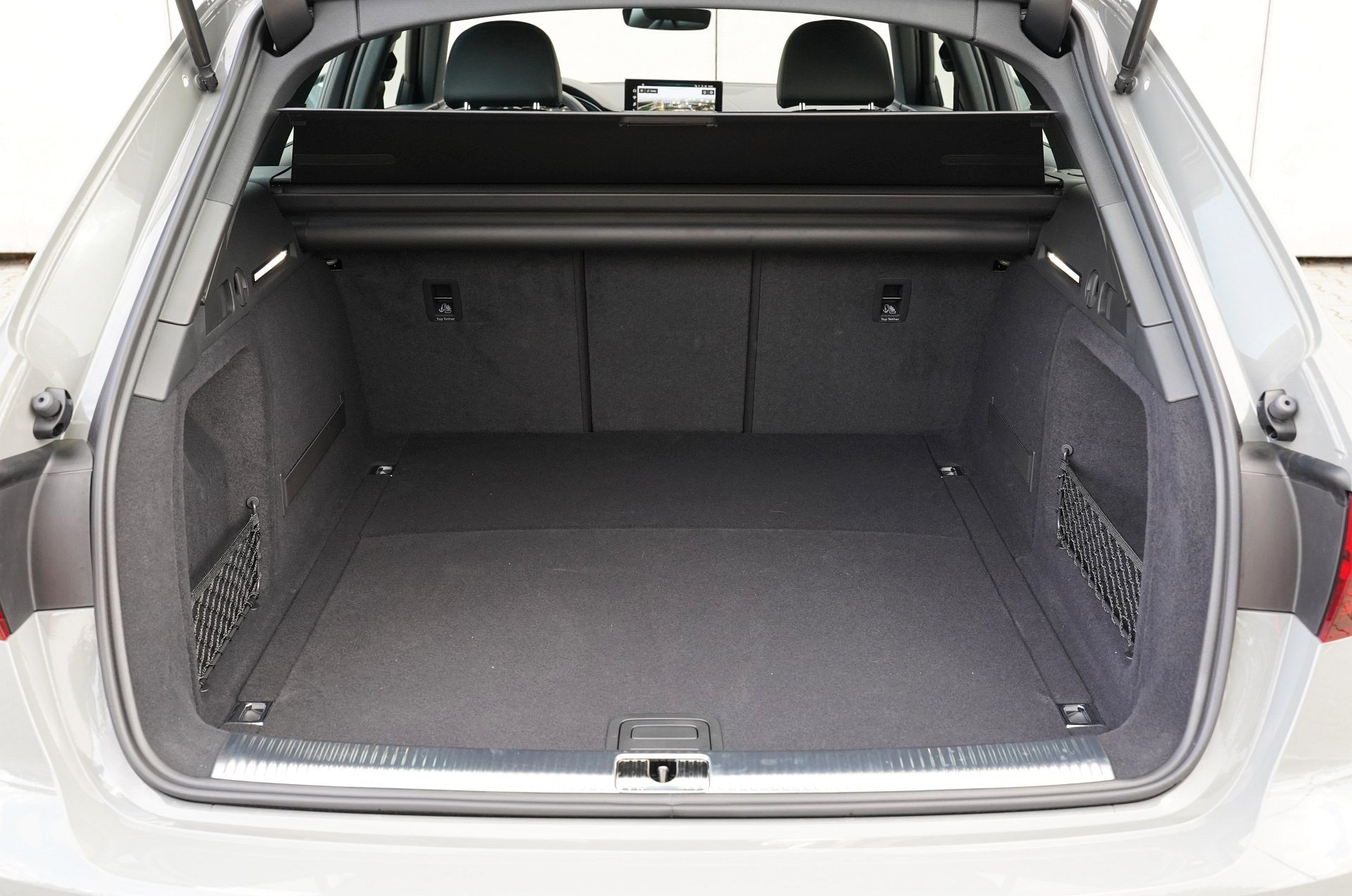 Audi A4 allroad quattro - bagażnik