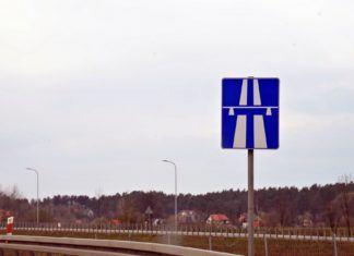 Koniec autostrad bez ograniczeń prędkości?