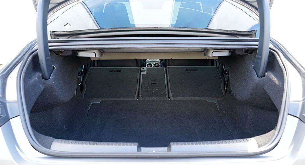 Mercedes CLA – bagażnik
