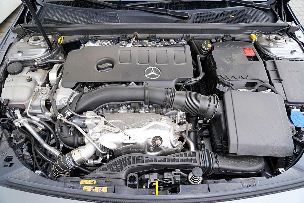 Mercedes CLA – silnik