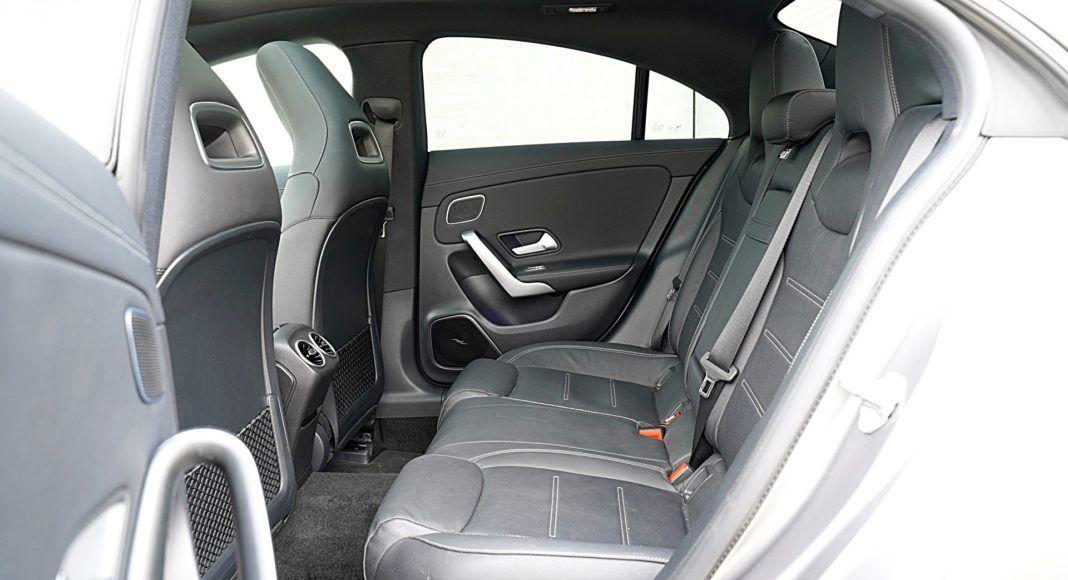 Mercedes CLA – kanapa