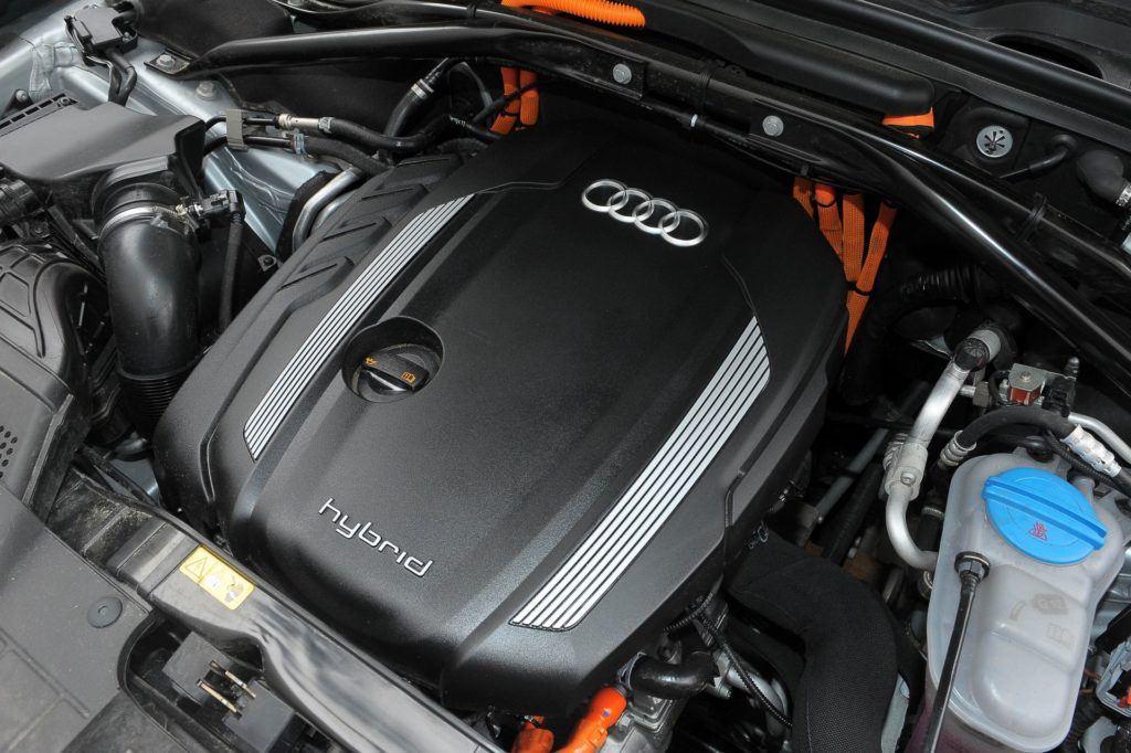 AUDI Q5 I Hybrid 2.0TFSI 245KM 8AT Tiptronic Quattro PO229TH 04-2012