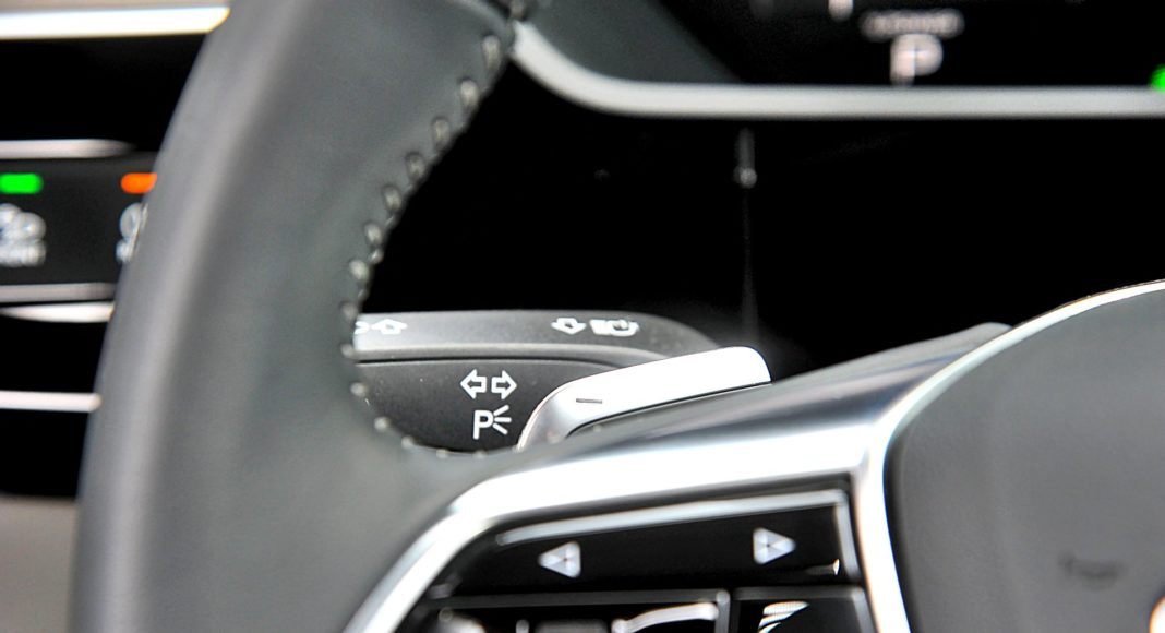 Audi e-tron 55 quattro advanced – manetki