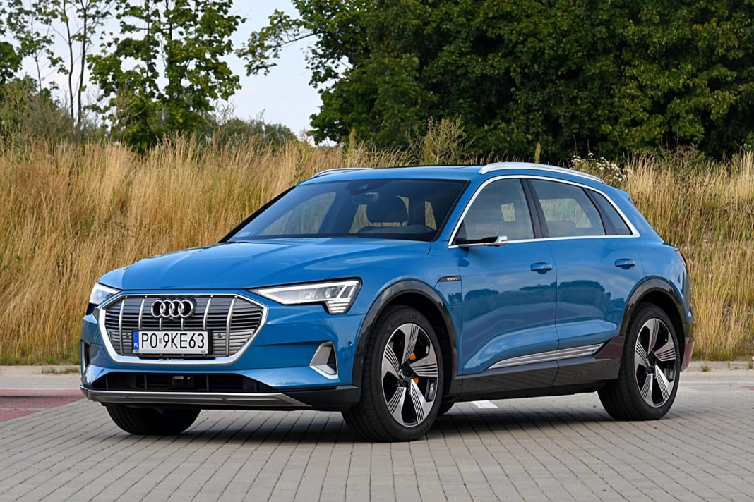 Audi e-tron 55 quattro advanced – przód