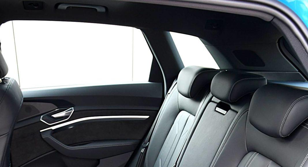 Audi e-tron 55 quattro advanced – kanapa