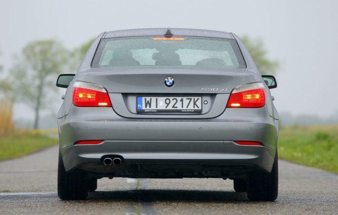 BMW serii 5 (E60) - tył