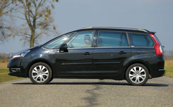 CITROEN Grand C4 Picasso I Exclusive 2.0HDi 136KM 6AT WW5536S 03-2009