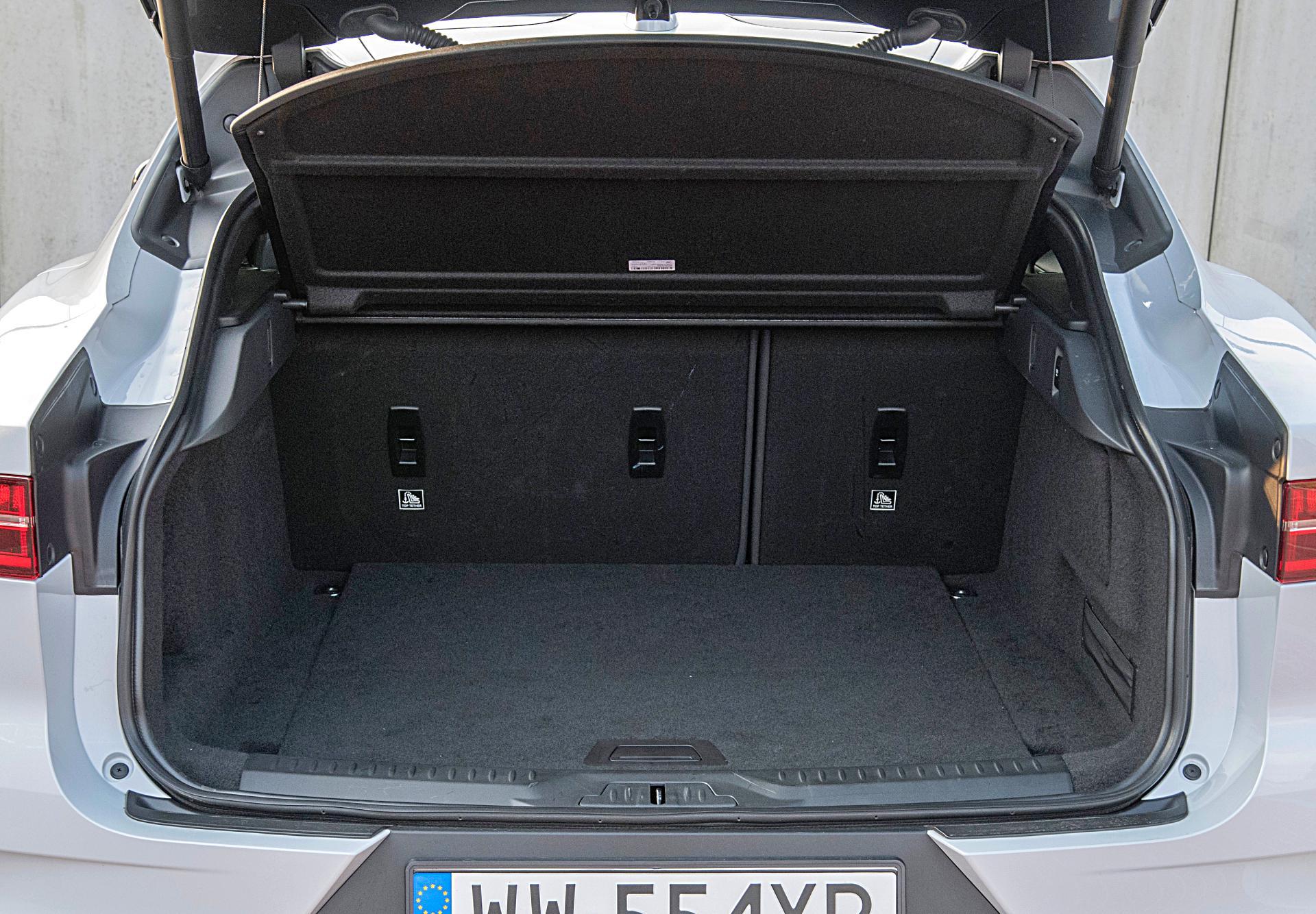 Jaguar I-Pace EV400 AWD – bagażnik