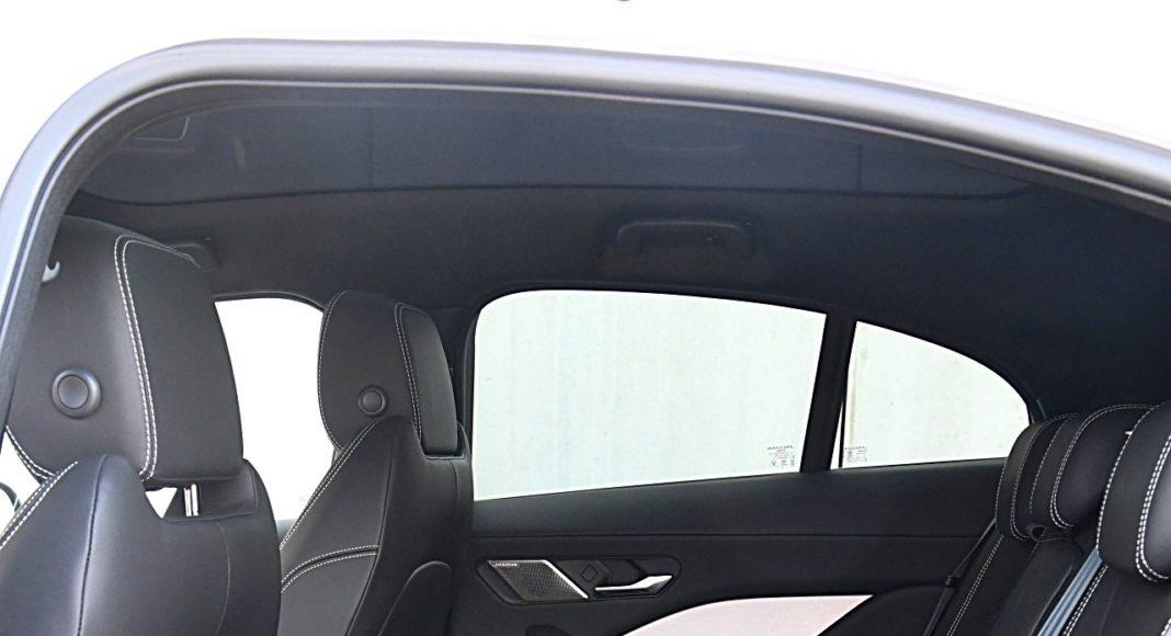 Jaguar I-Pace EV400 AWD – kanapa