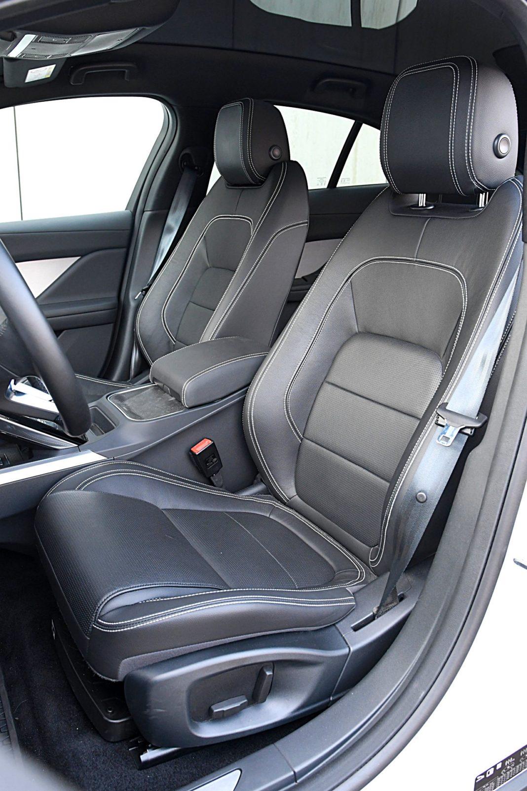 Jaguar I-Pace EV400 AWD – fotele