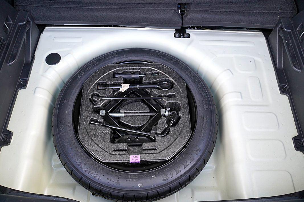 Kia Stonic 1.0 T-GDI 6MT XL – dojazdówka