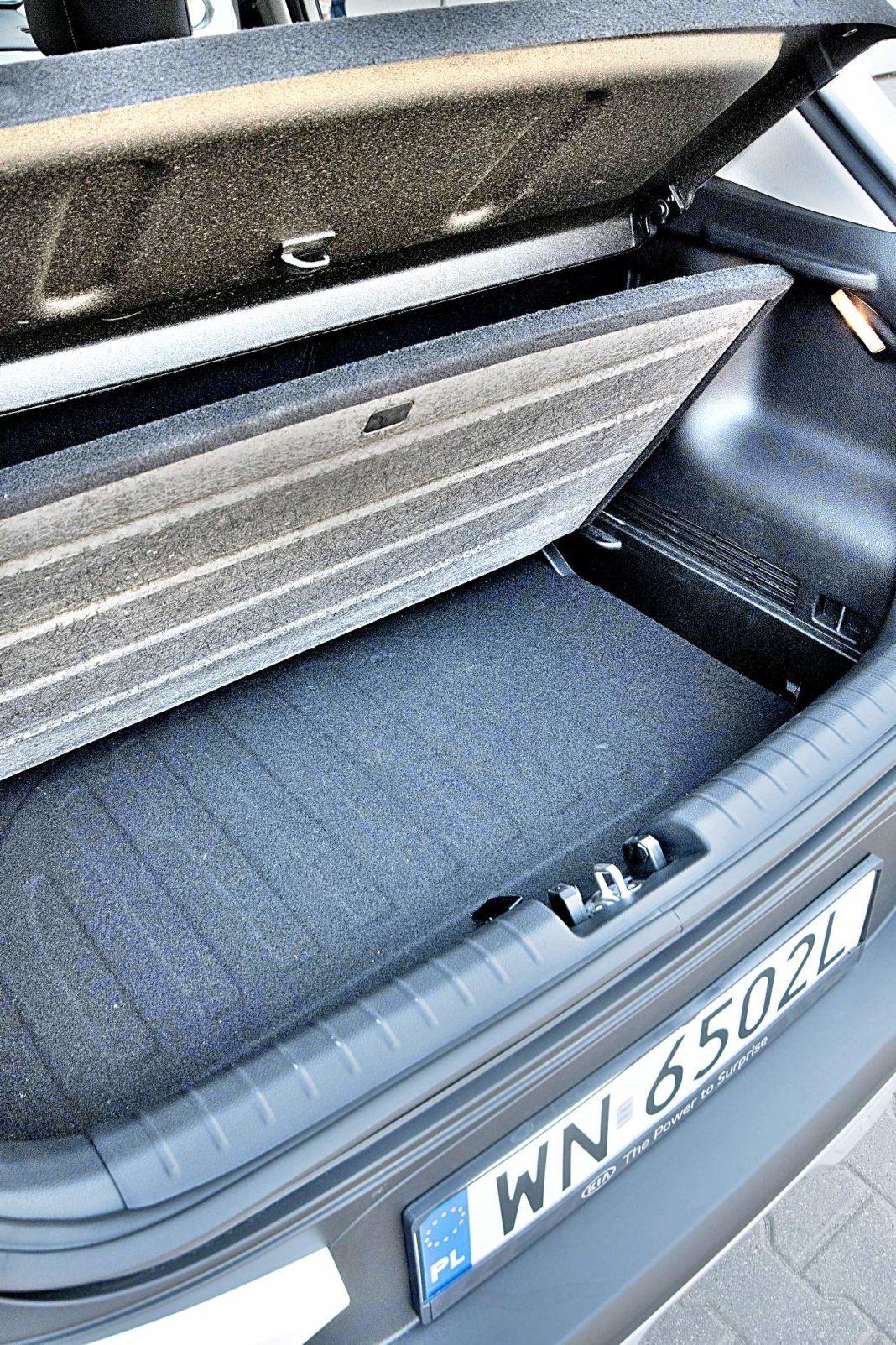 Kia Stonic 1.0 T-GDI 6MT XL – bagażnik