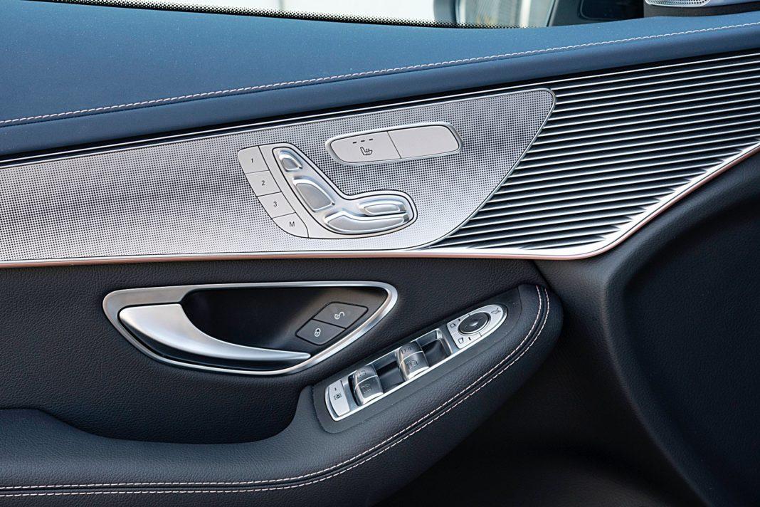 Mercedes EQC 400 4Matic – regulacja foteli