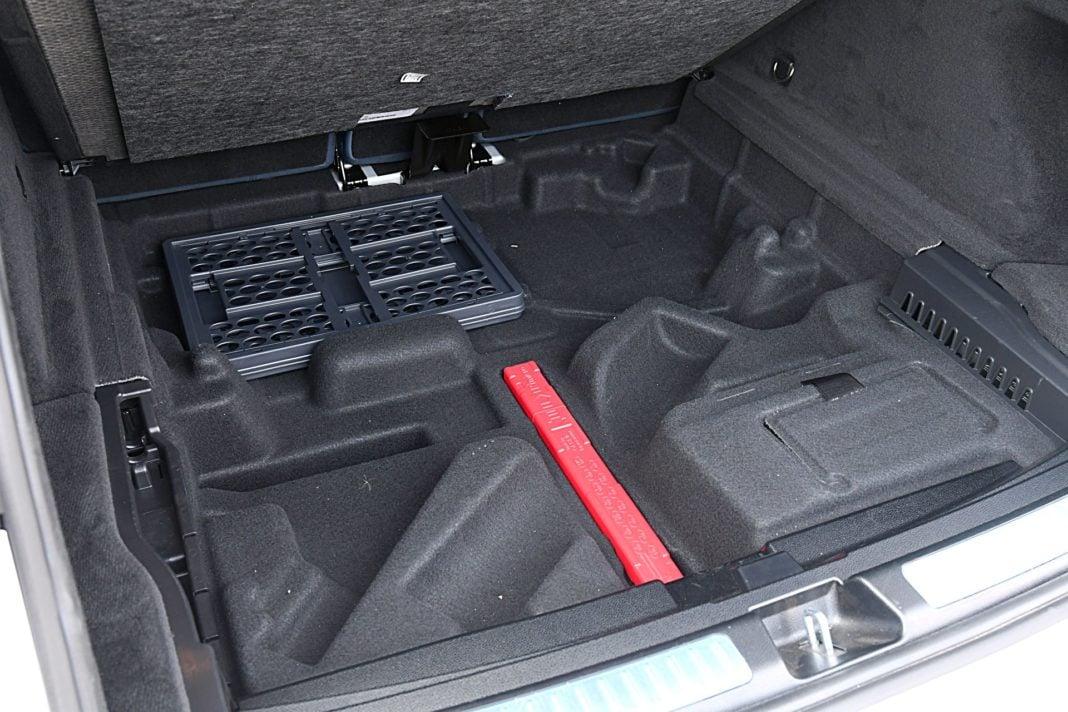 Mercedes EQC 400 4Matic – bagażnik schowek