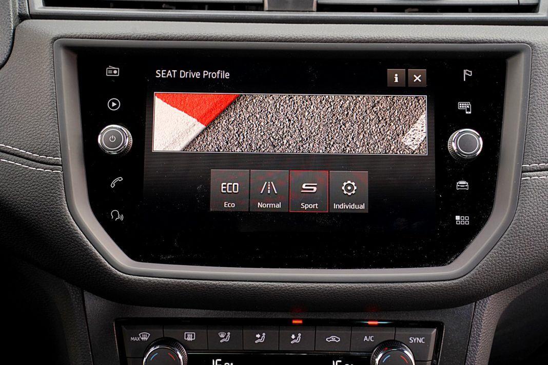 Seat Arona 1.0 TSI 115 Xcellence – wybór profilu jazdy
