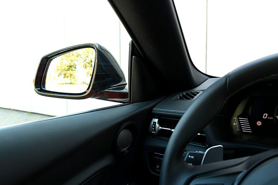 Toyota GR Supra – słupek, lusterko