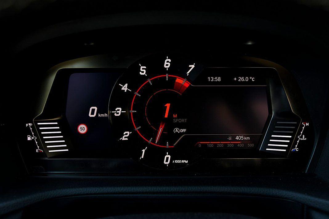 Toyota GR Supra – wskaźniki