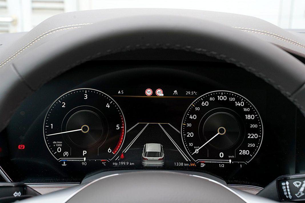 Volkswagen Touareg 4.0 V8 TDI – wskaźniki