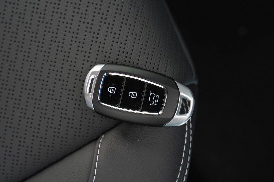 HYUNDAI Kona I Hybrid Premium 1.6GDI 141KM 6AT DCT FWD WE920XE 10-2019