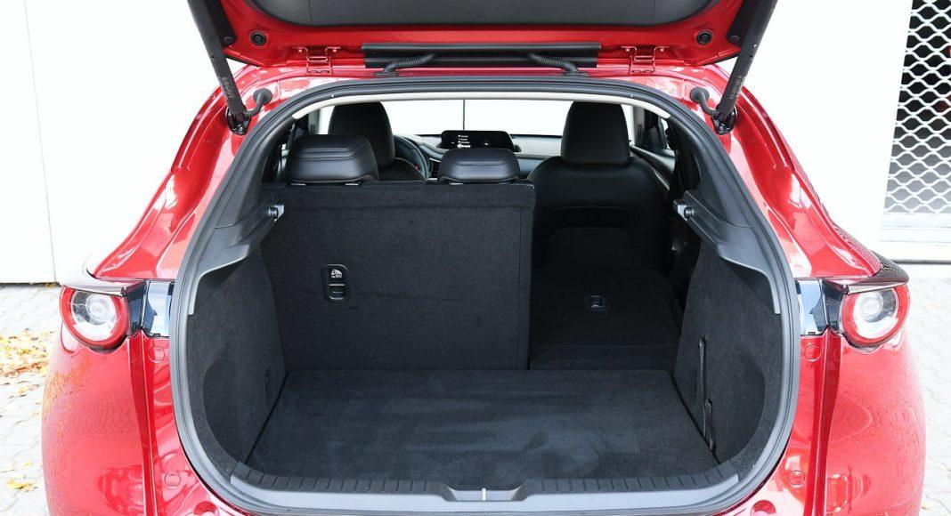 Mazda CX-30 2.0 Skyactiv-G 6AT test 2020 bagażnik