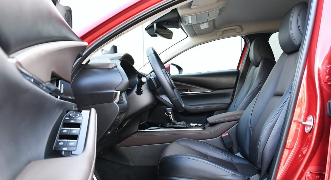 Mazda CX-30 2.0 Skyactiv-G 6AT test 2020 fotele przód