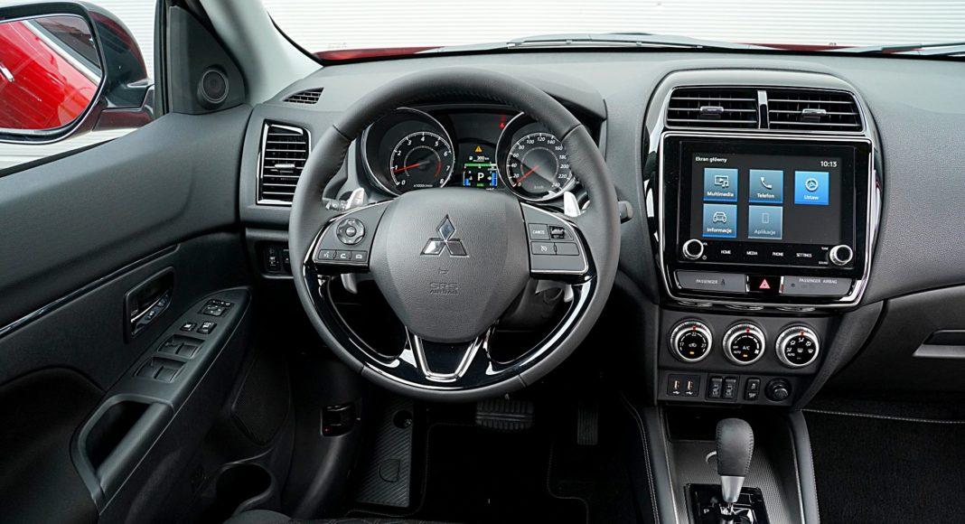 Mitsubishi ASX 2.0 CVT Intense Plus – deska rozdzielcza