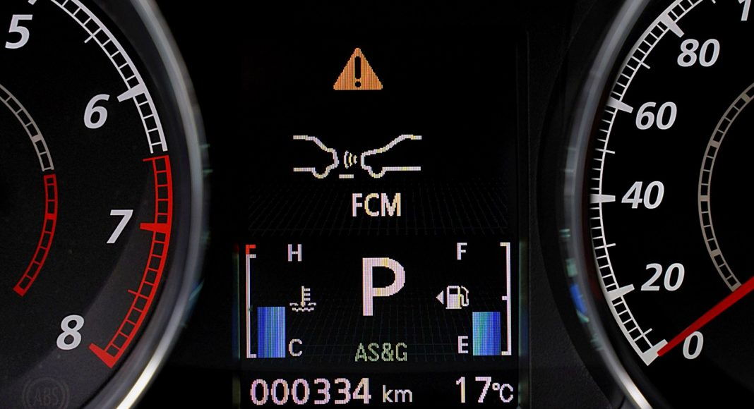 Mitsubishi ASX 2.0 CVT Intense Plus – ostrzeganie o kolizji