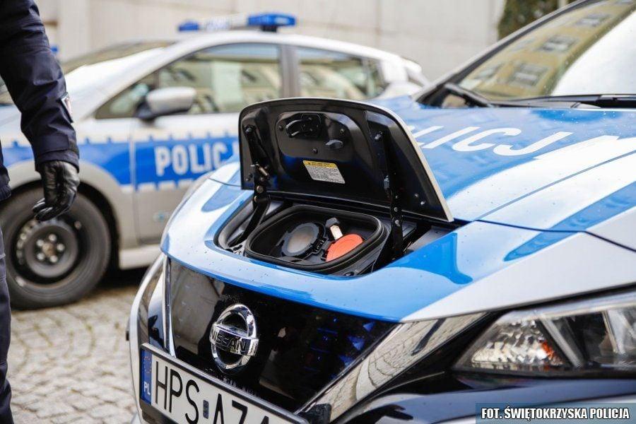 Policyjny Nissan Leaf