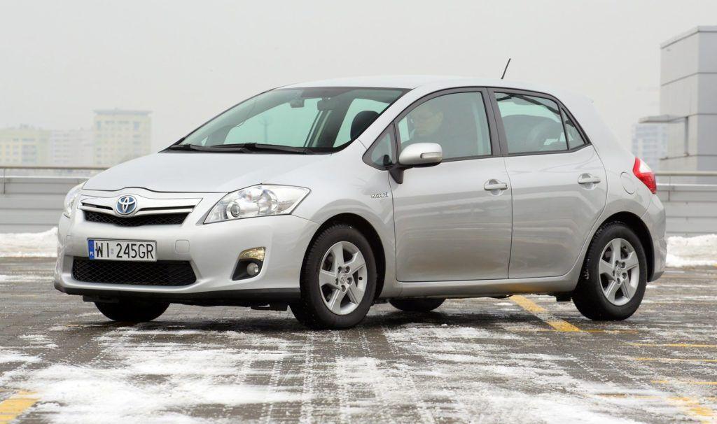 Toyota Auris I Hybrid (2)