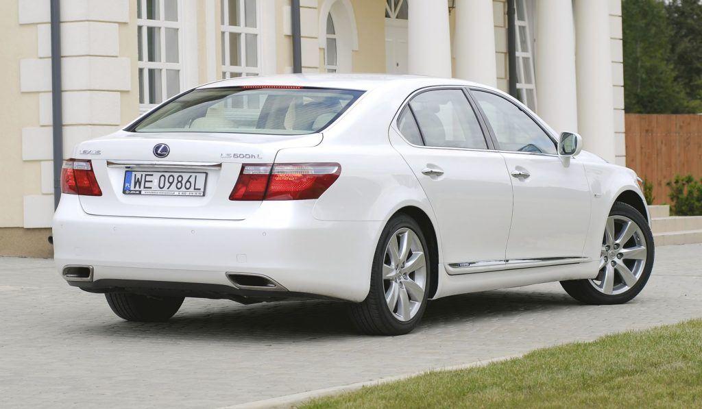LEXUS LS 600h L IV 5.0 V8 445KM AT CVT AWD WE0986L 08-2007
