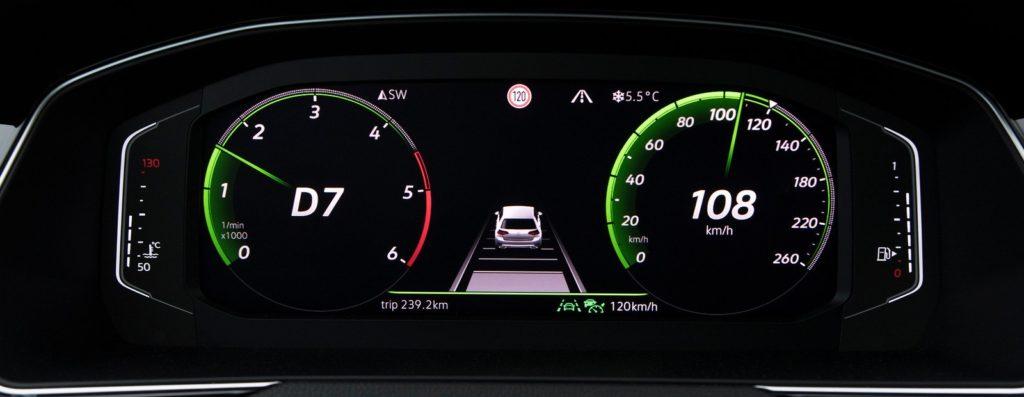 VW Passat - Aktywny tempomat