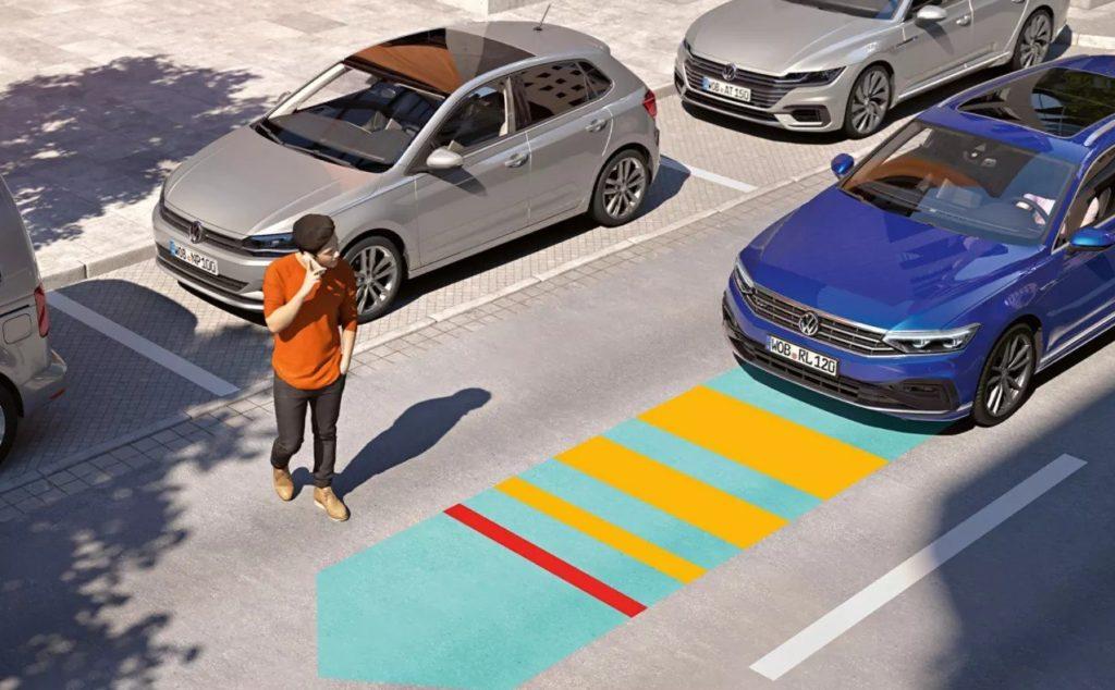 VW Passat - Front Assist