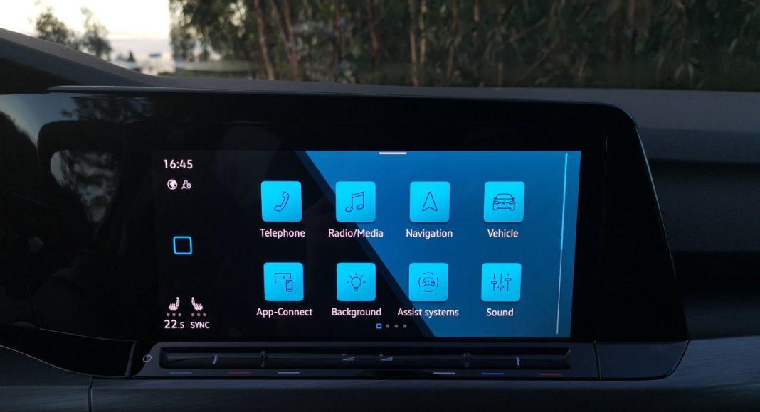 Volkswagen Golf VIII (2020) - system multimedialny