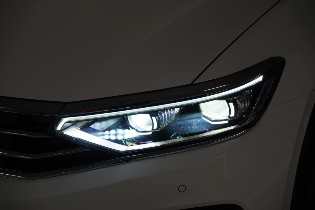 volkswagen passat gte b8 lifting 2019 iq.light reflektor matrycowy led
