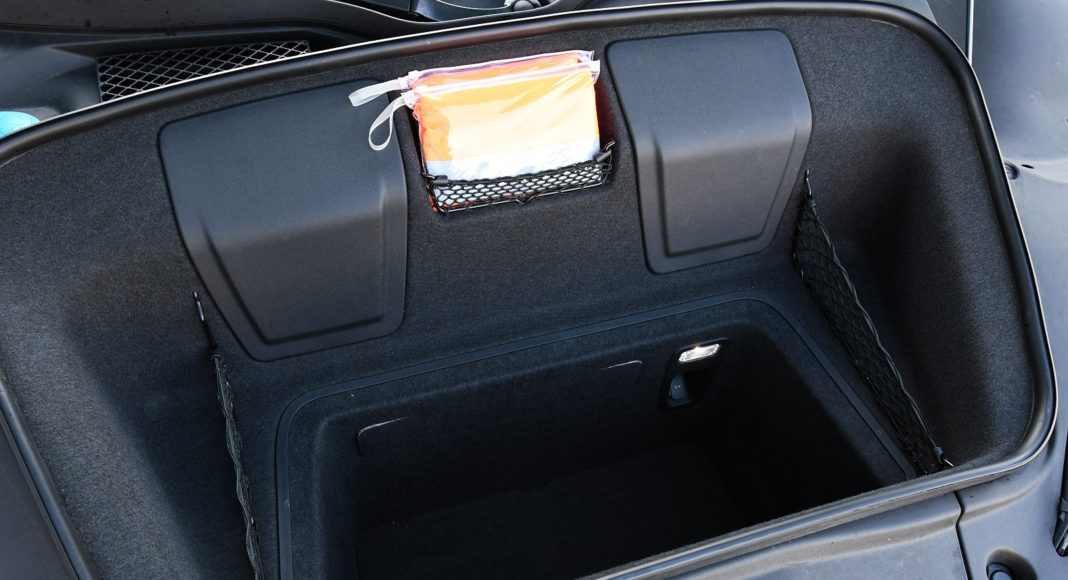 Audi R8 V10 performance po liftingu (2020) - bagażnik