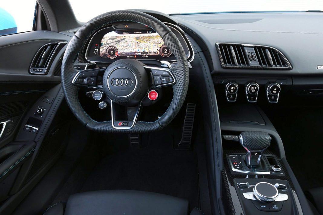 Audi R8 V10 performance po liftingu (2020) - deska rozdzielcza