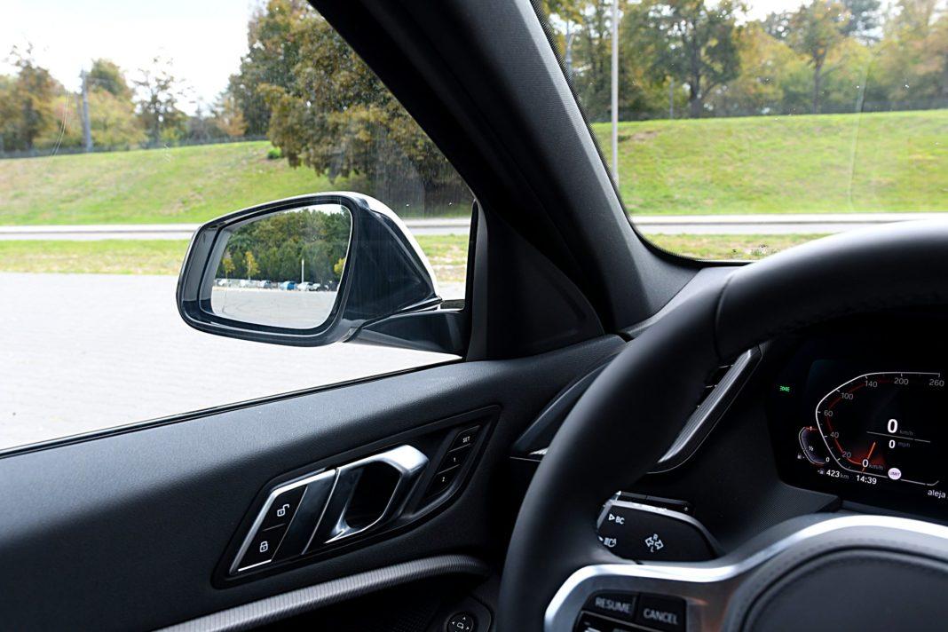 BMW 118i Steptronic – lusterko