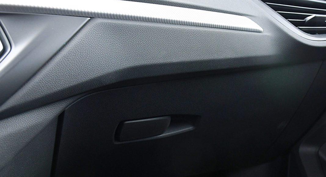 BMW 118i Steptronic – schowek