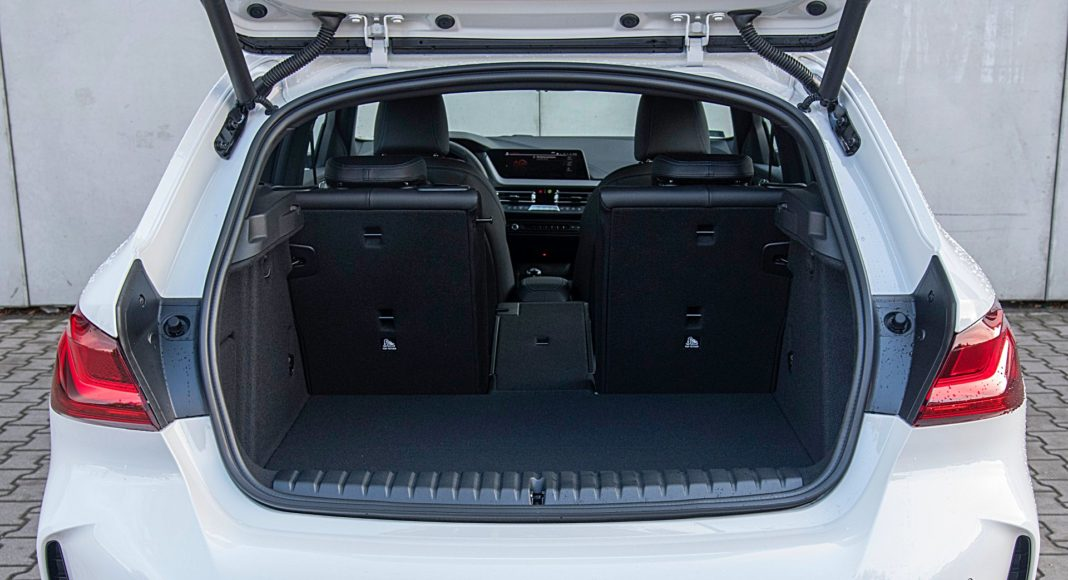 BMW 118i bagażnik