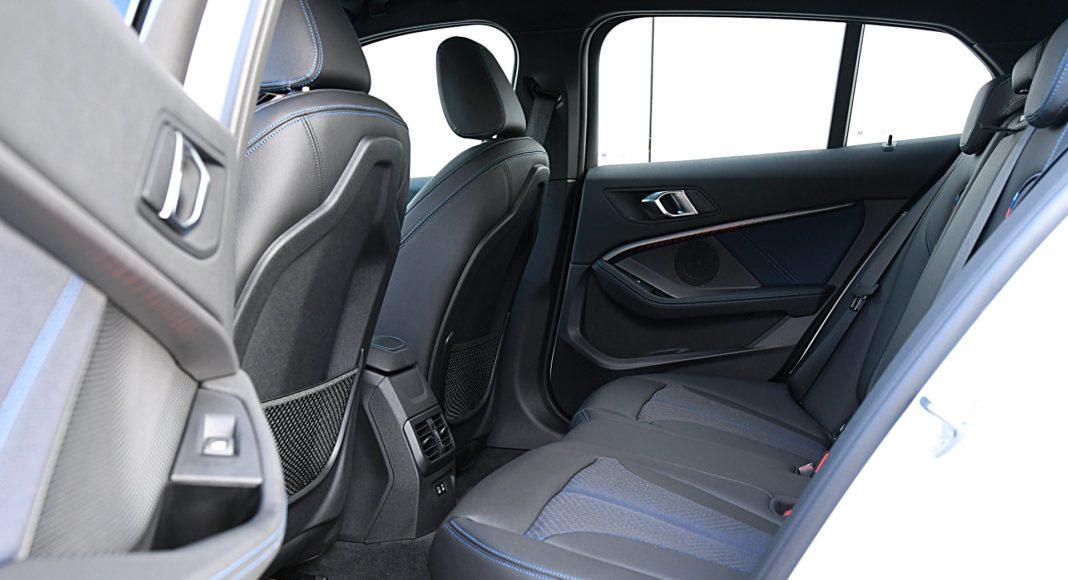 BMW 118i fotele tył