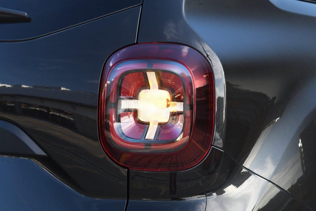 Dacia Duster 1.3 TCe 150 4WD Prestige - efektowne tylne lampy
