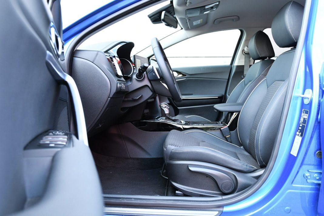 Kia XCeed 1.4 T-GDI XL - fotele przód