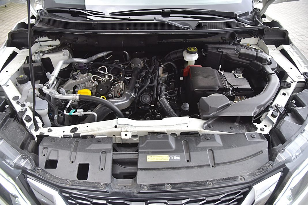 Nissan Qashqai DIG-T 160 DCT Tekna+ – silnik