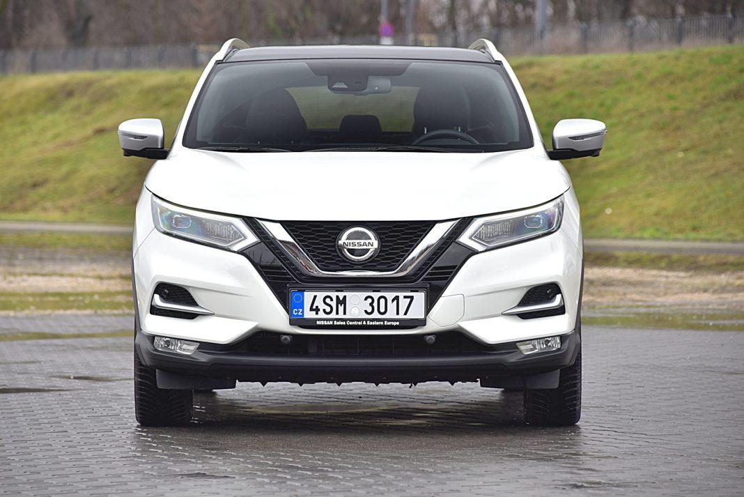 Nissan Qashqai DIG-T 160 DCT Tekna+ – przód