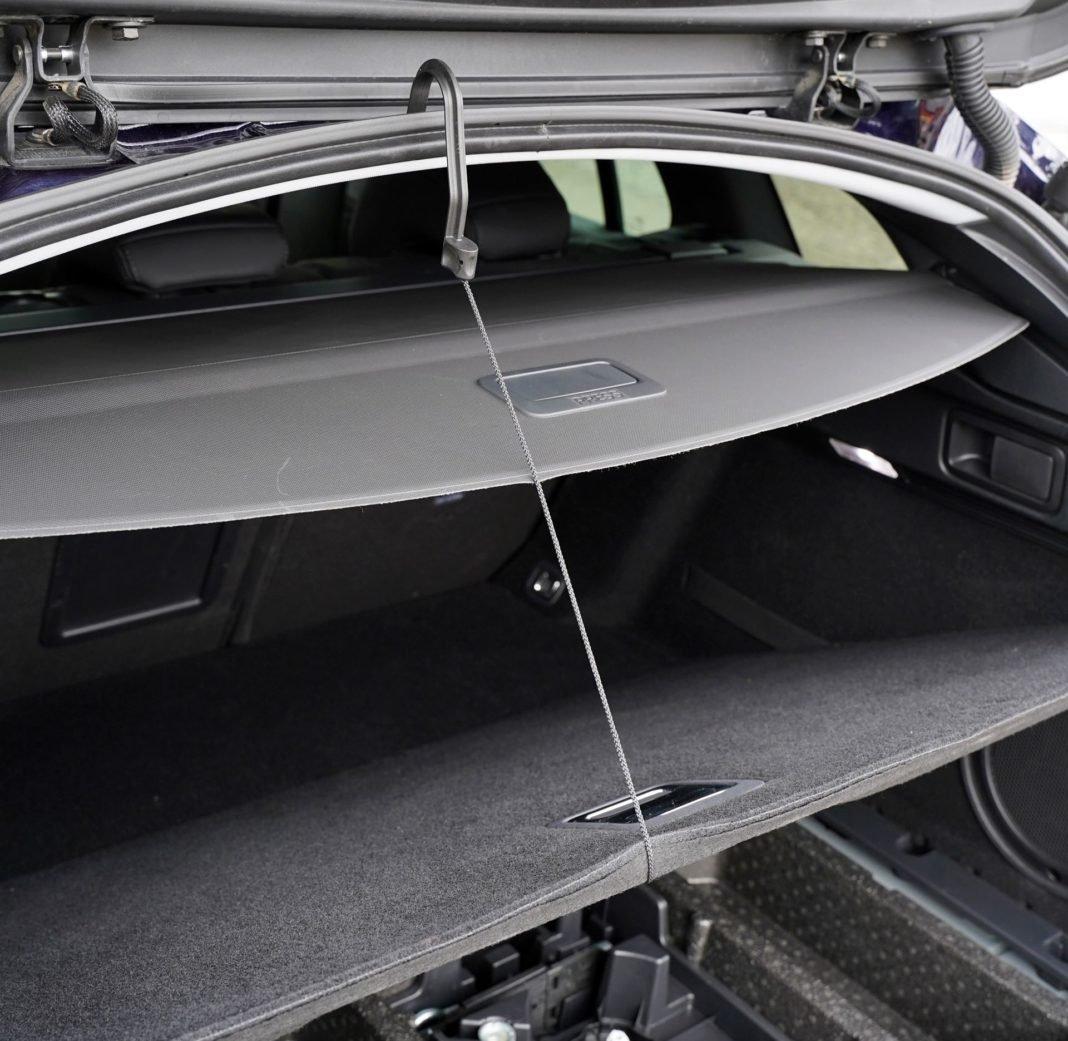 Peugeot 508 SW - roleta