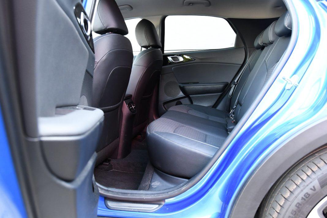 Kia XCeed 1.4 T-GDI XL - fotele tył kanapa
